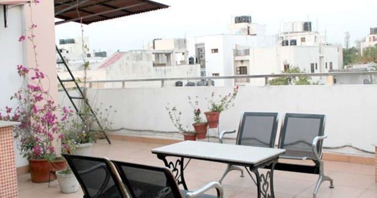 Olive Studio Apartments - Nehru Place