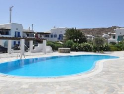 Pets-friendly hotels in Ornos