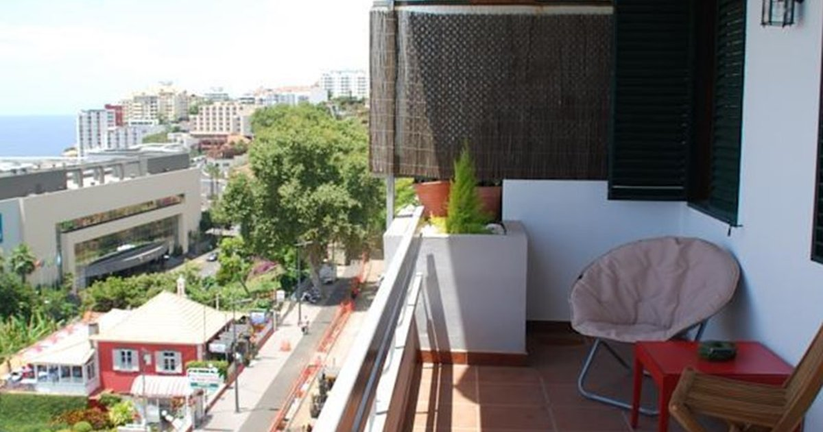 Ocean View Apartment in Funchal (Lido), Madeira