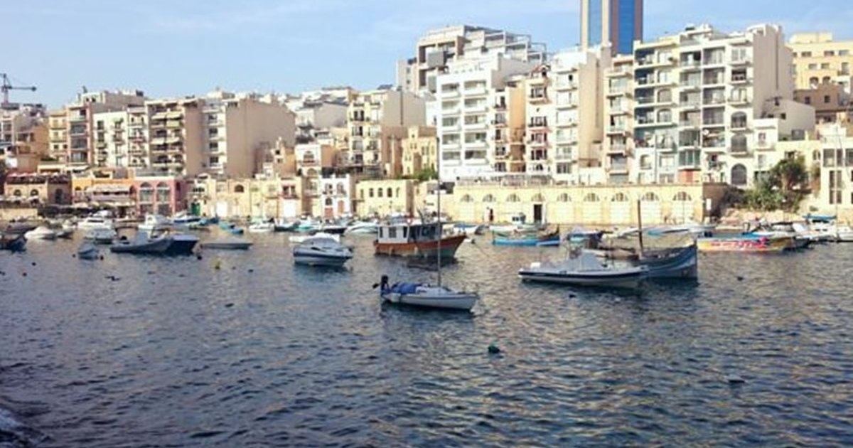 Spinola Seafront Apartment