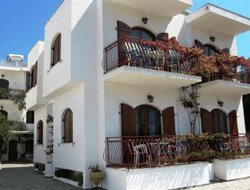 Poros Town hotels with sea view