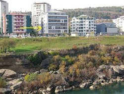 Podgorica hotels with river view
