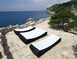 Pets-friendly hotels in Sveti Stefan