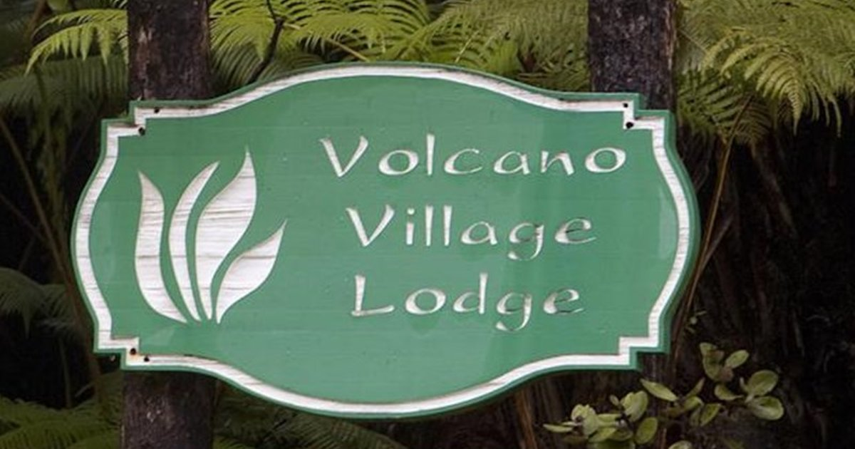Volcano Village Lodge