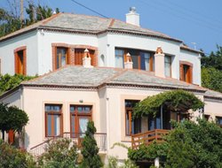 Skopelos hotels with sea view