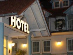 Kirchheim hotels with restaurants