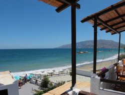 Skyros Island hotels with sea view