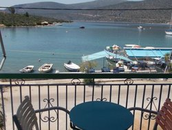 Pets-friendly hotels in Korfos