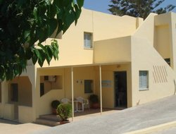 Adelianos Kampos hotels with sea view