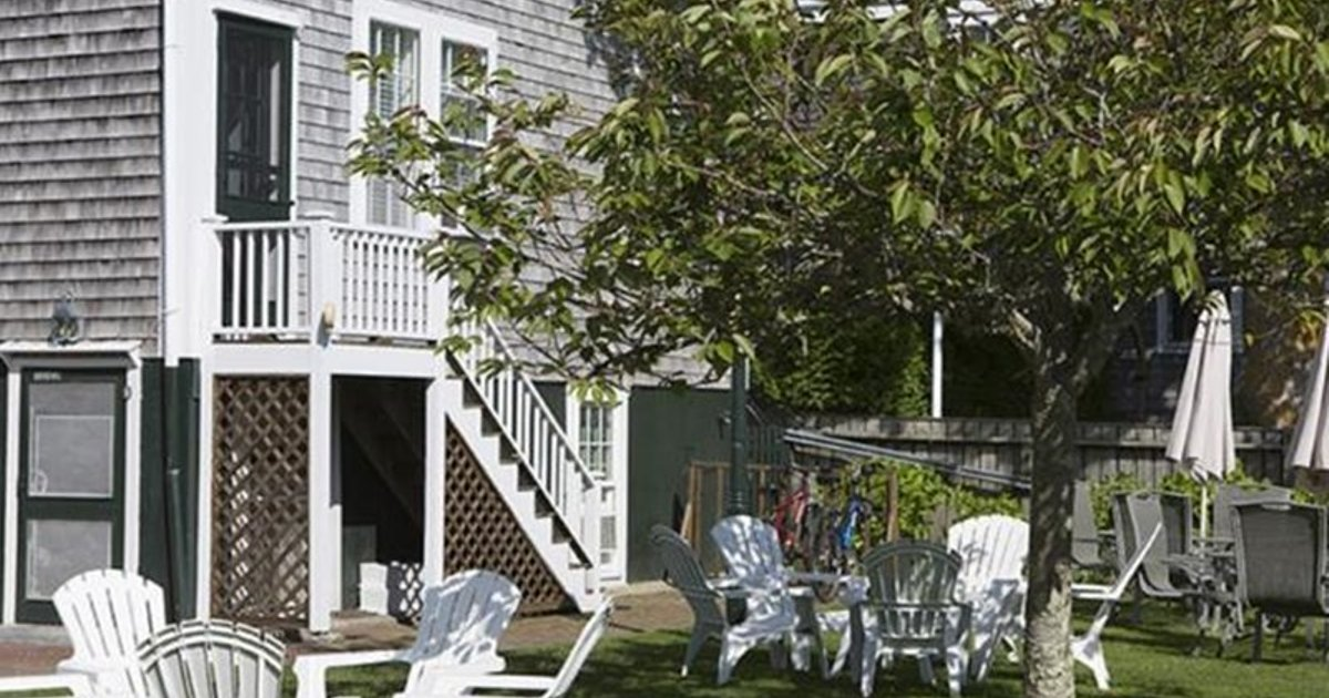 NANTUCKET PERIWINKLE & SCALLOP INNS