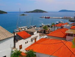 Skiathos Town hotels with sea view