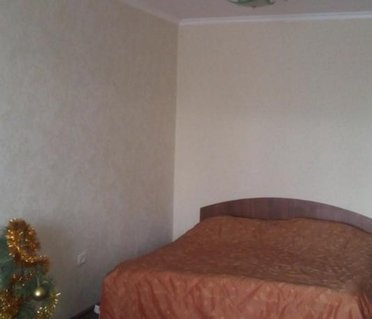 Apartment Golovatogo 76a