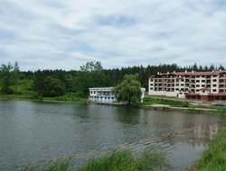 Tryavna hotels with swimming pool