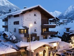 Top-10 hotels in the center of Klosters