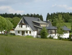 Pets-friendly hotels in Lenneplatze