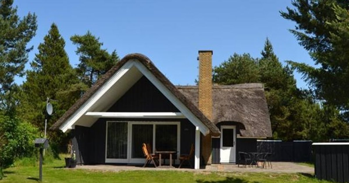 Holiday home Kliren E- 2289