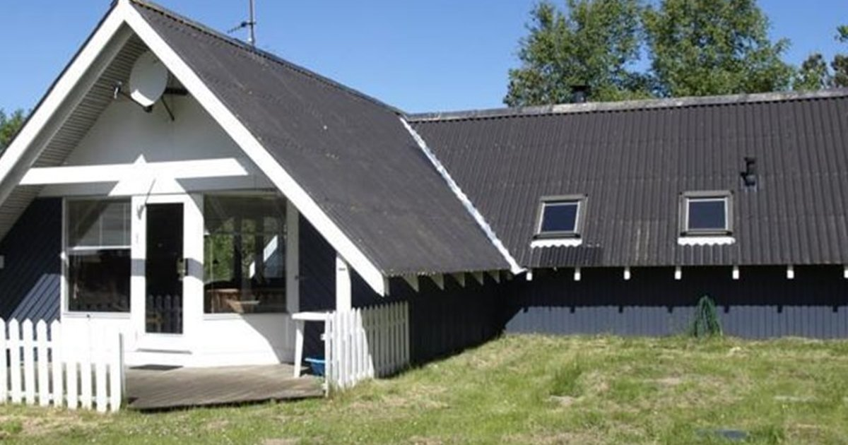 Holiday home Gåsehagevej F- 1354