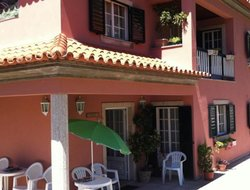 Pets-friendly hotels in Geres