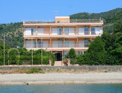 Pets-friendly hotels in Loutra-Edipsou