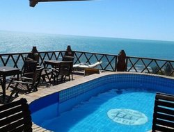 Canoa Quebrada hotels with swimming pool