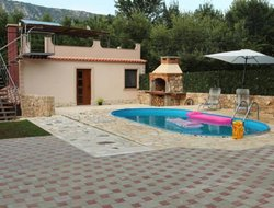 Novi Vinodolski hotels with swimming pool