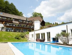 Lauterbach (Schwarzwald) hotels with restaurants
