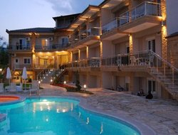 Ano Stavros hotels with swimming pool