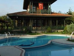 Izmit hotels with swimming pool