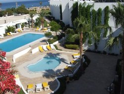 Kizkalesi hotels with swimming pool