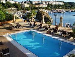 Top-3 hotels in the center of Sile