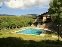 Cercedilla hotels with swimming pool