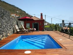 fuencaliente hotels with swimming pool