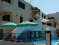 Elafonisos hotels with swimming pool