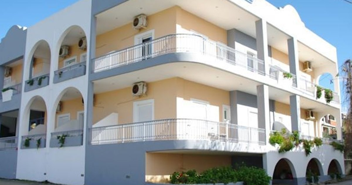 Chasakis Apartments