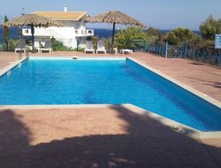 Koroni hotels with swimming pool