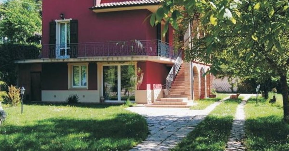 Holiday Home Casa Rossa