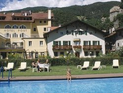 Klausen hotels with swimming pool