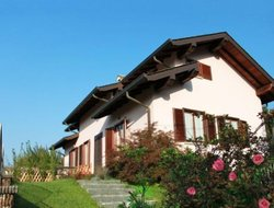 Pets-friendly hotels in Colico