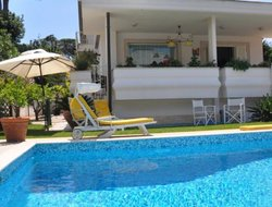 Fregene hotels with swimming pool