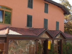 Pets-friendly hotels in Lizzano Belvedere