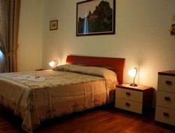 Pets-friendly hotels in Melito