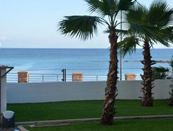 Porto Torres hotels with sea view