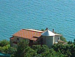 Pets-friendly hotels in San Mauro Cilento