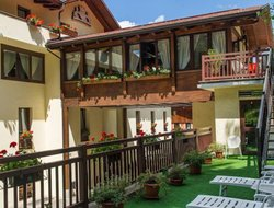Top-10 hotels in the center of Folgarida