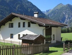 Pets-friendly hotels in Holzgau