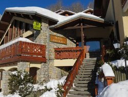 Champagny-en-Vanoise hotels with swimming pool