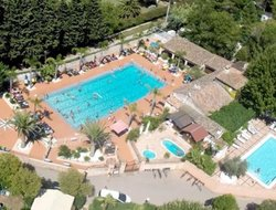 Roquebrune hotels with swimming pool
