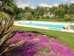 Saumur hotels with swimming pool