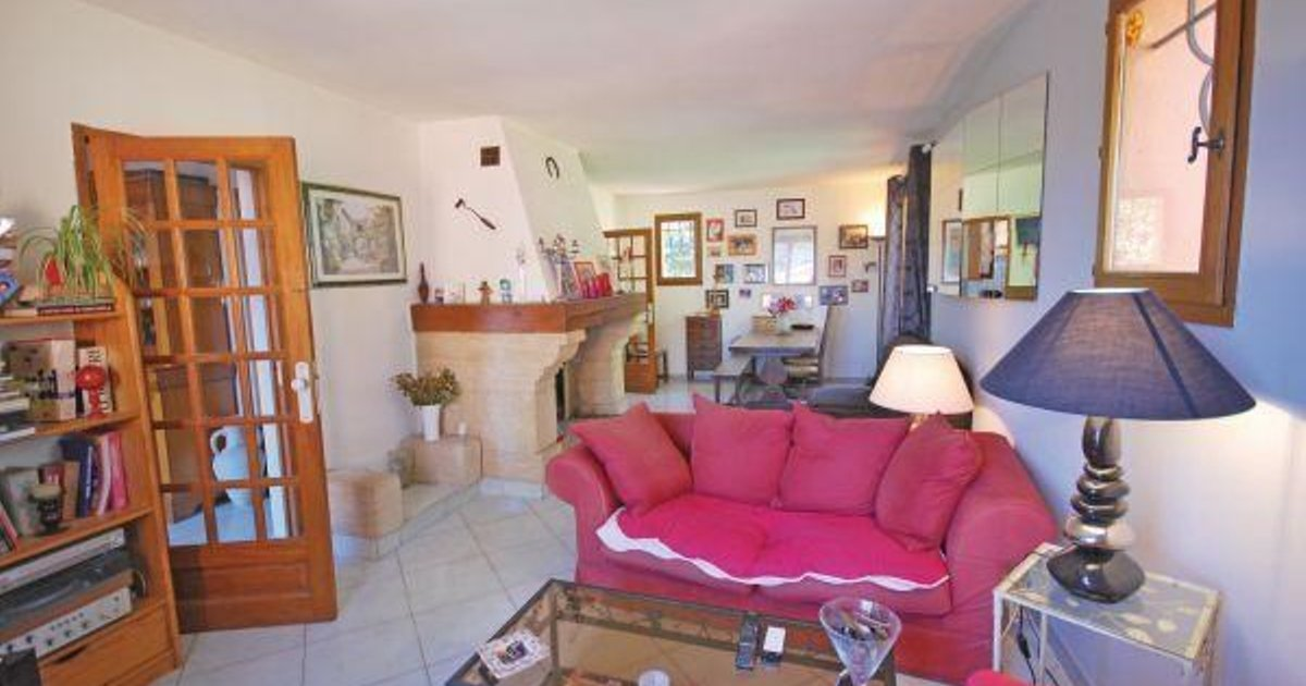 Holiday home Pommeuse H-743
