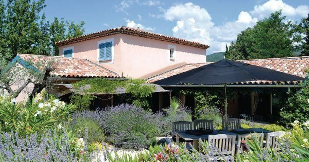 Holiday home Saint Cézaire s/Siagne 26 with Outdoor Swimmingpool